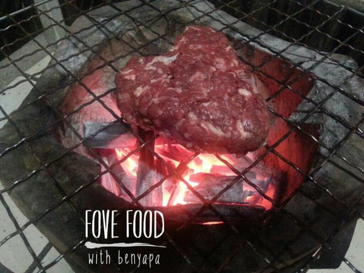 Home made Burgers by Benyapa