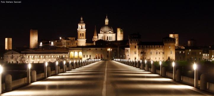 Mantova_vista_dal_ponte_foto_Stefano_Saccani