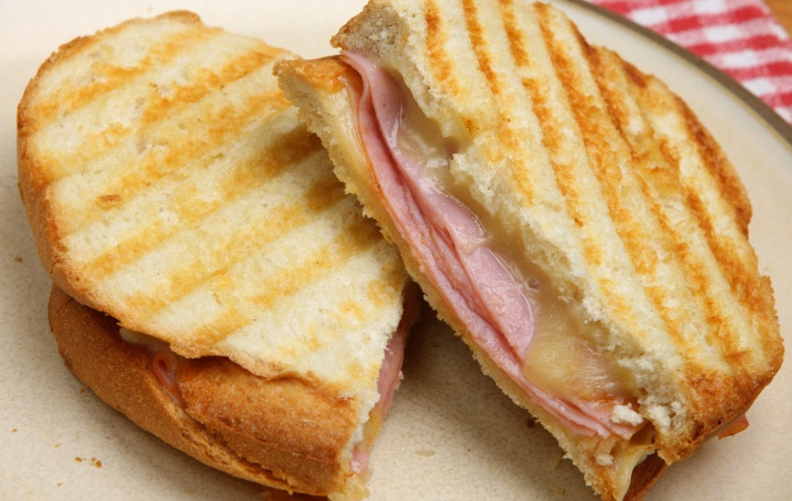 Toasted Sandwich with Ham & Cheese