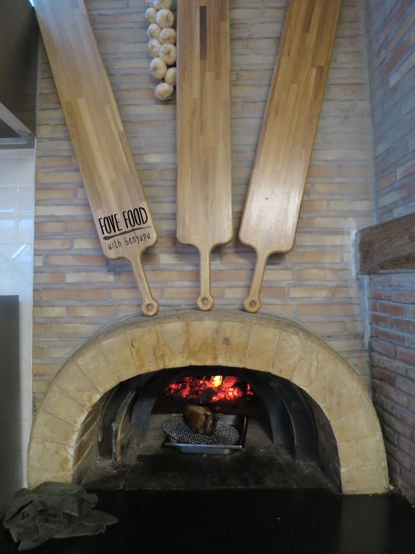 Tuscan wood oven style สำหรับอบและตุ๋นต่างๆ