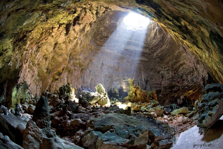 grottaist1-1920x1284