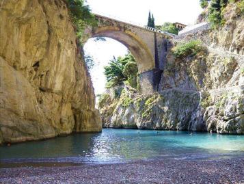 furore-amalfi-coast-italy